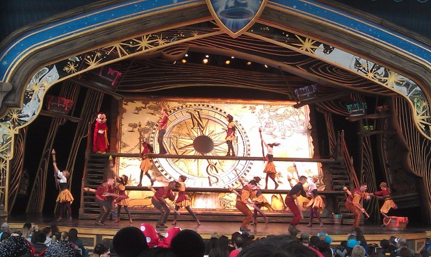 Show time, Mickey and the Magical Map