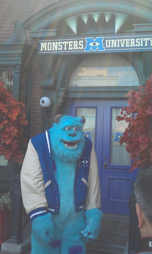 Sulley out for pictures by his dorm