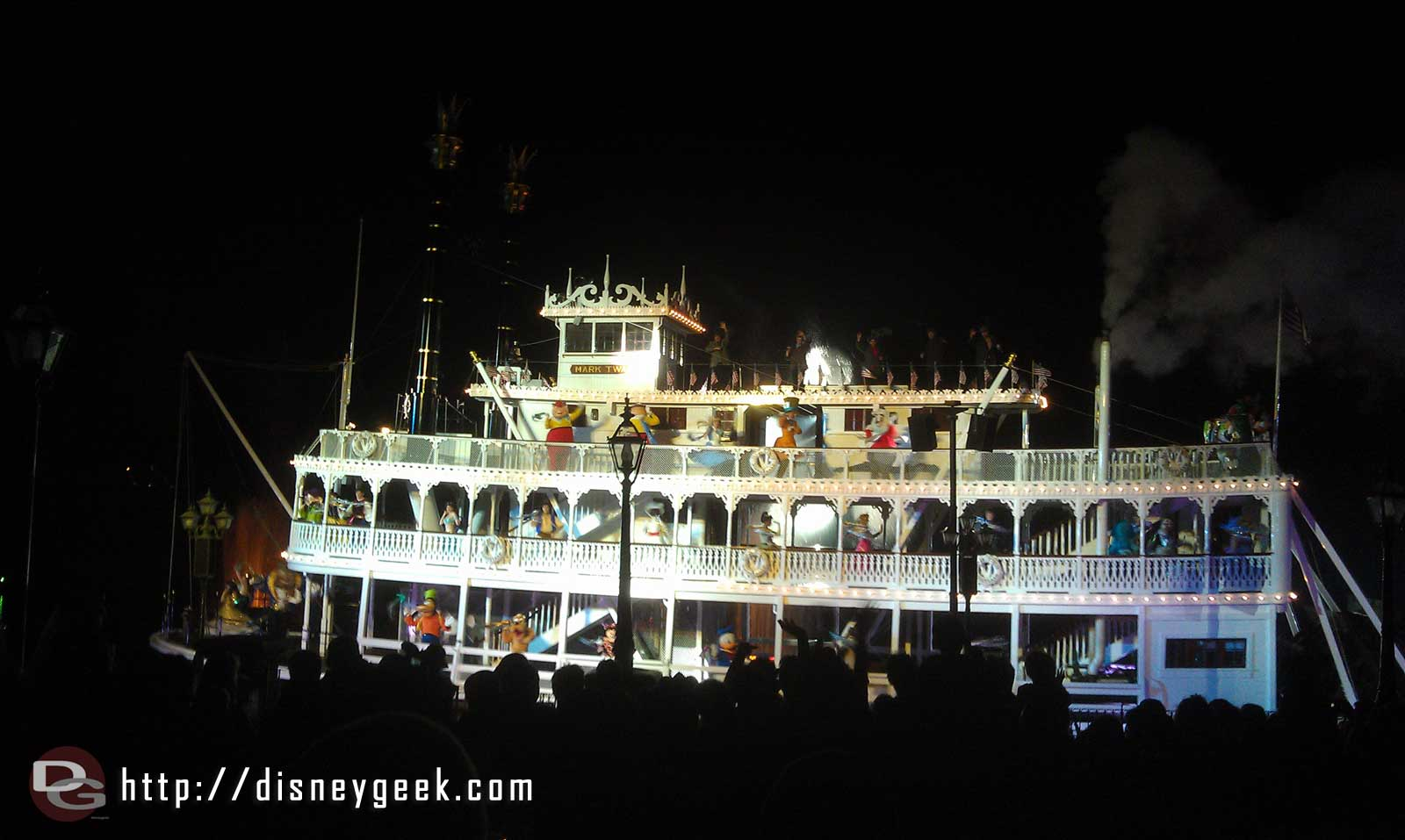 The Mark Twain making its pass durinh Fantasmic
