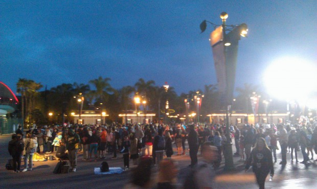 The lines for the parks are not too bad yet