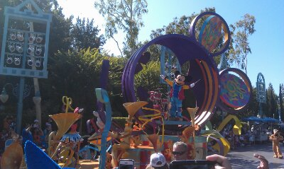 Mickeys Soundsational Parade making its way through the park