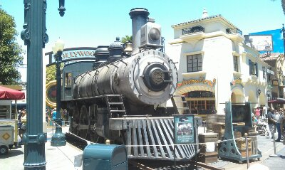On the backlit a train used in the filming of the Lone Ranger