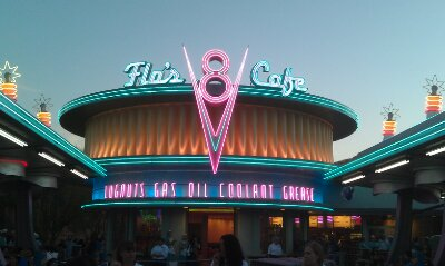 Flos this evening #CarsLand