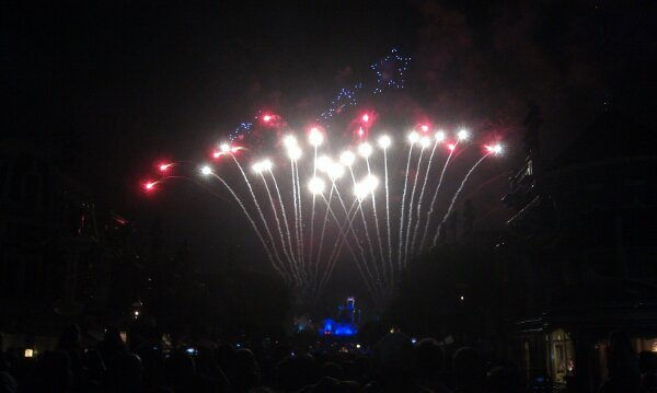 Disney's Celebrate America! A Fourth of July Concert in the Sky fireworks