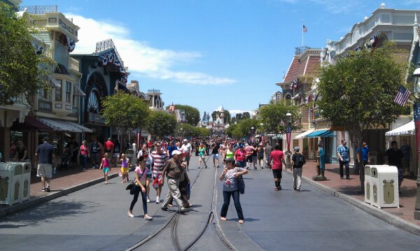Just arrived at the #Disneyland Resort for the afternoon.  A look a Main Street USA