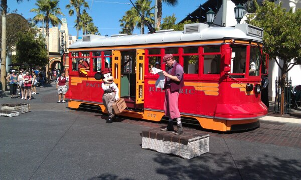 Red Car Newsboys and Mickey on #BuenaVistaStreet