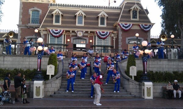 Time for the 7:15pm by the 2013 Disneyland All-American College Band