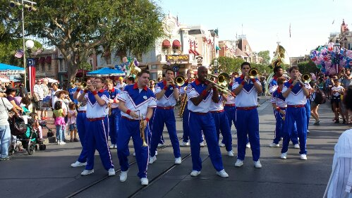 The All-American College Band heading to their 5:05 Castle set