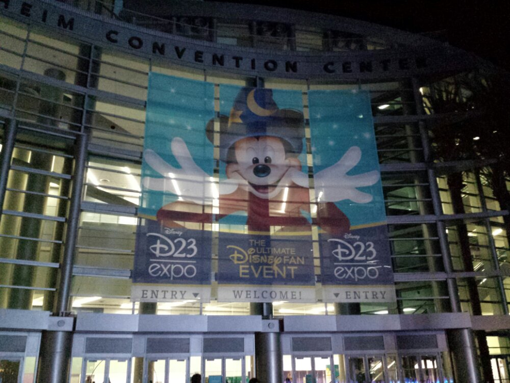 The #D23Expo starts in 11 hours… no lines yet.