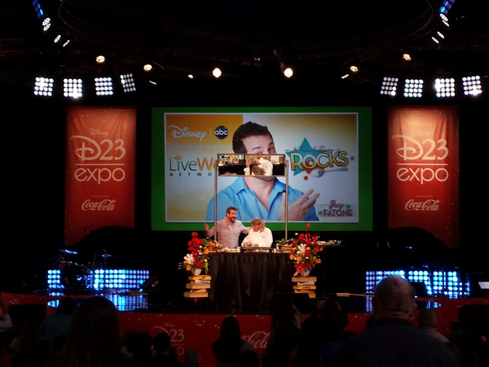Joey Fontone cooking demonstration #D23Expo