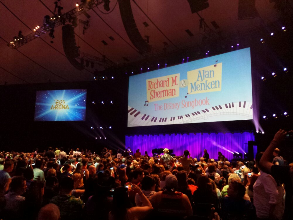 Almost showtime.  The audience applauded the title slide #D23Expo