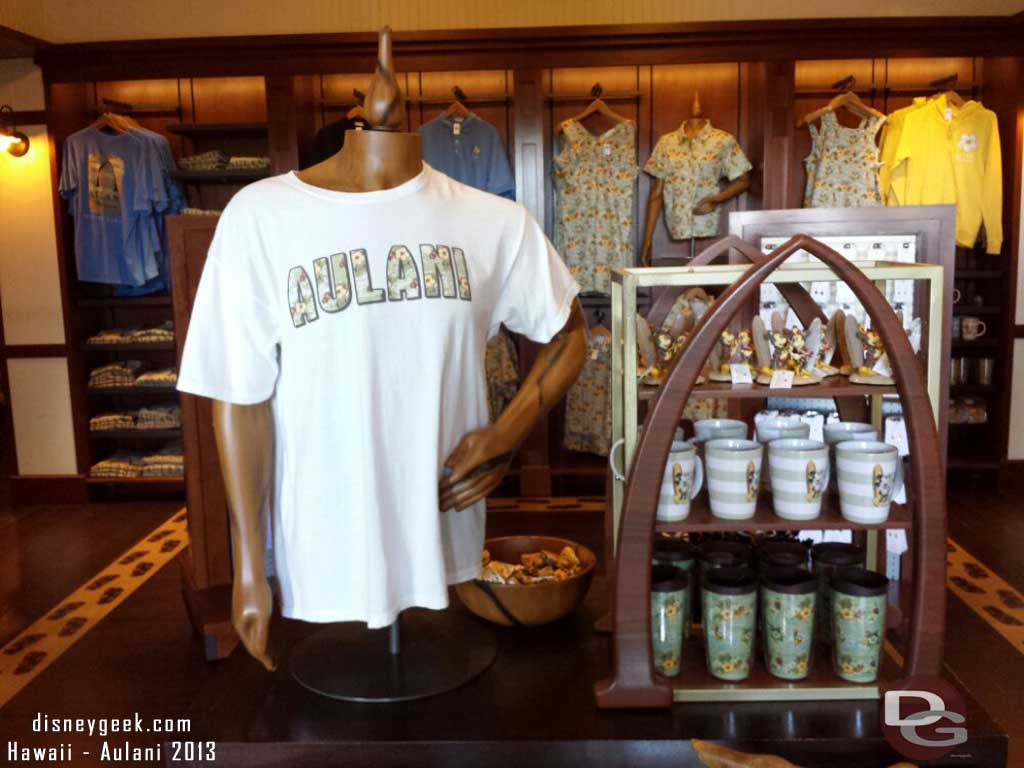 a quick look in Kalepa's Store #Aulani