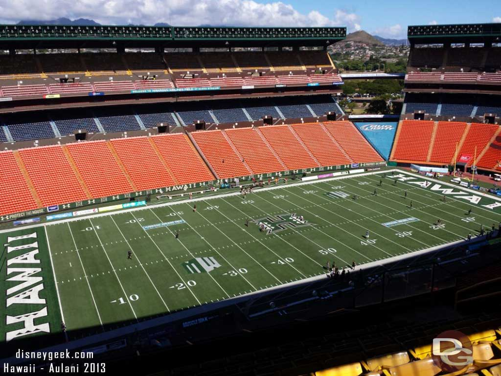 The view from our seats, only 87 minutes to kickoff #Hawaii