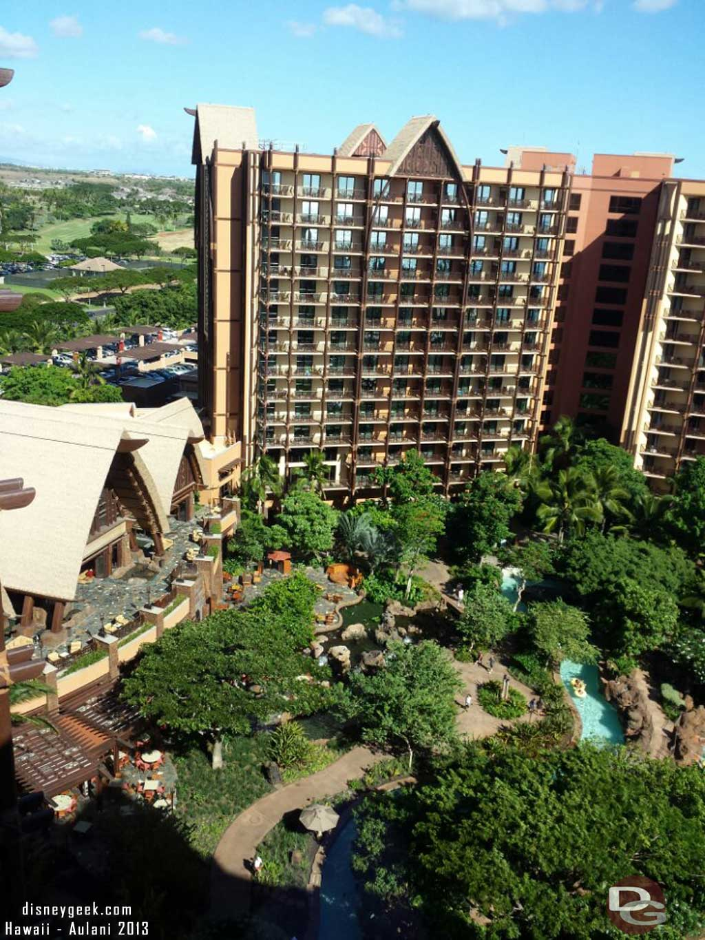 Looking toward the lobby and Ewa tower from 16th floor #Aulani