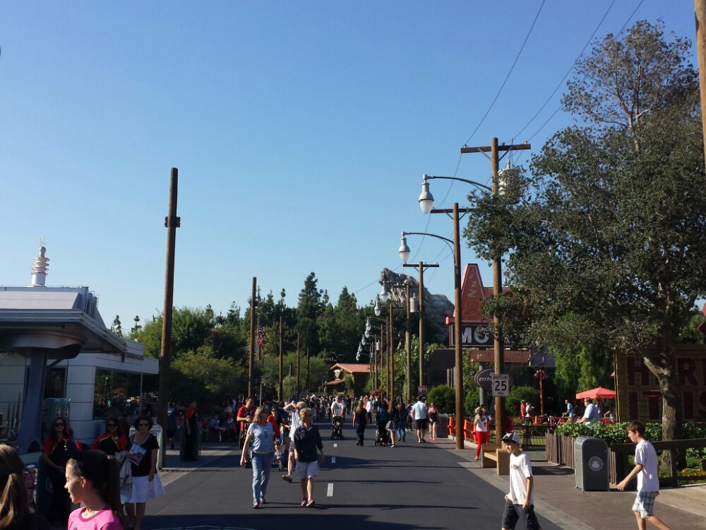 Route 66 has the poles up for tbe Christmas decorations, the ones on the left in this pic #CarsLand