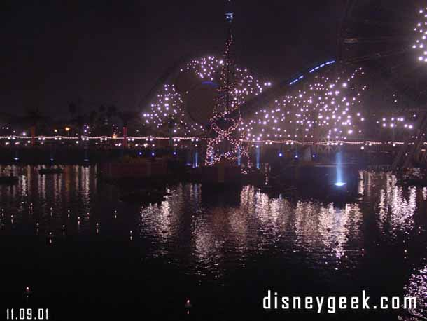 Luminaria – Disney California Adventure's 1st Christmas show – Pictures & Video from 11/09/01
