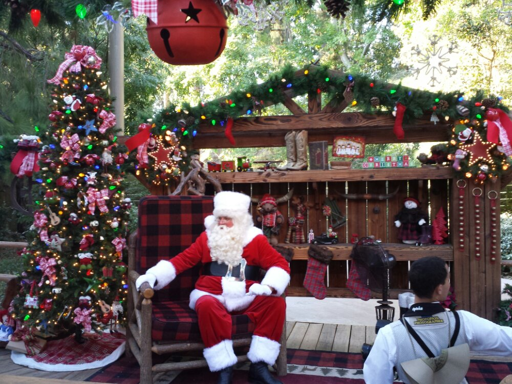 Santa is meeting guests, with no wait when I walked by