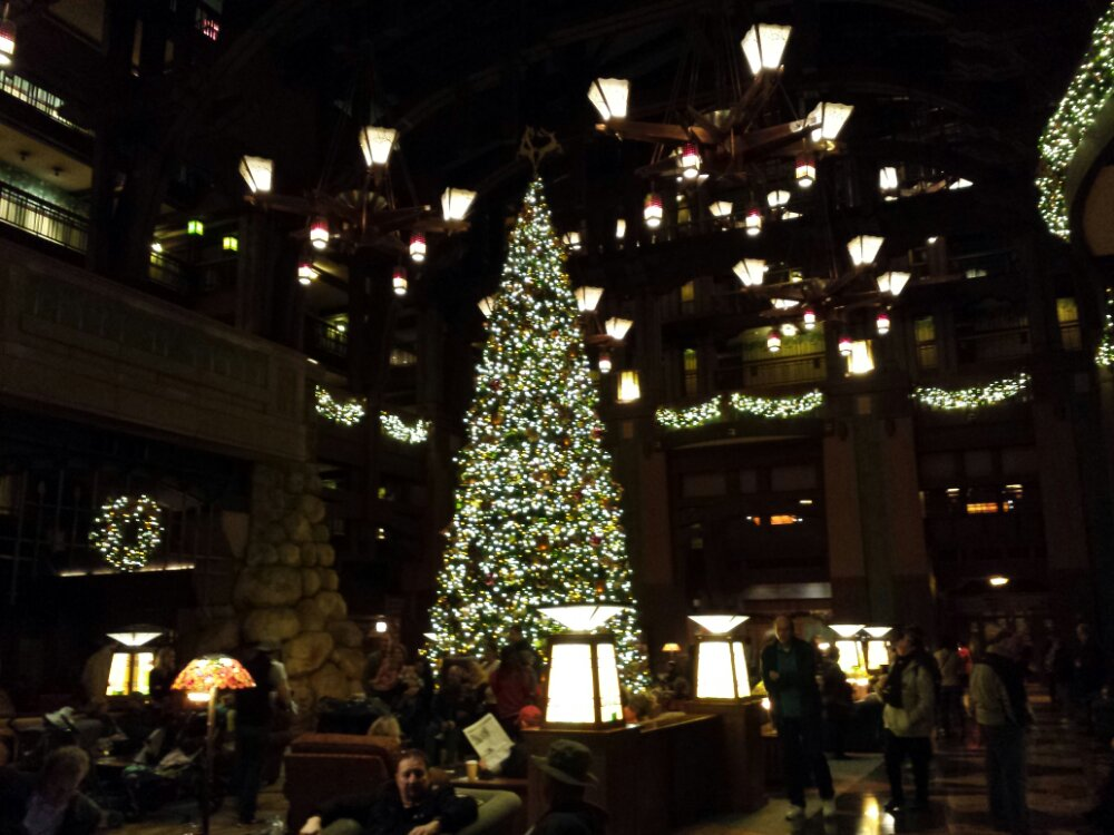 The Grand Californian lobby tree and decorations are up #DisneyHolidays