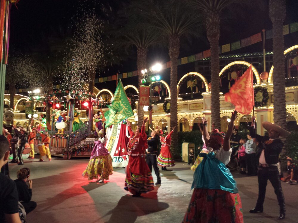 Watched the ¡Viva Navidad! Street Party from down the parade route to get a different view