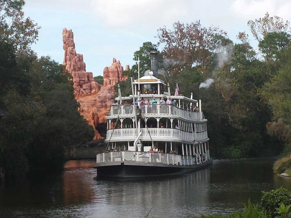 The Liberty Belle rounding the bend on the Rivers of America