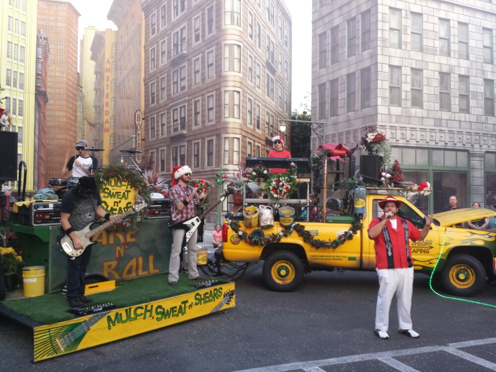 Mulch, Sweat n' Shears performing on the Streets of America