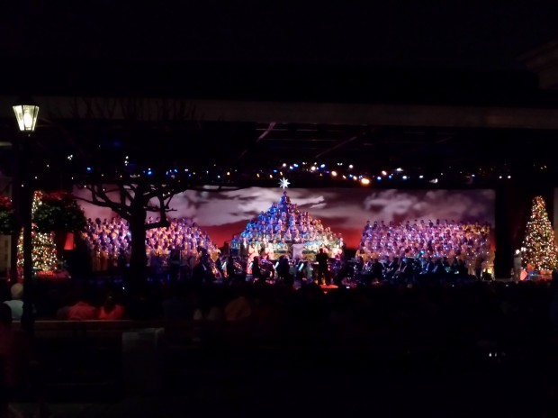 Epcot - Candlelight Processional