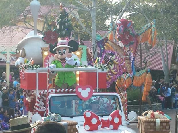 Jingle Jungle Parade - Minnie