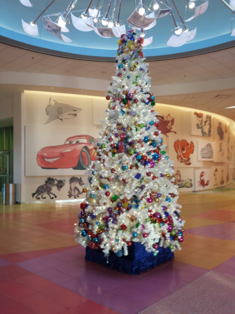 The Art of Animation lobby Christmas tree