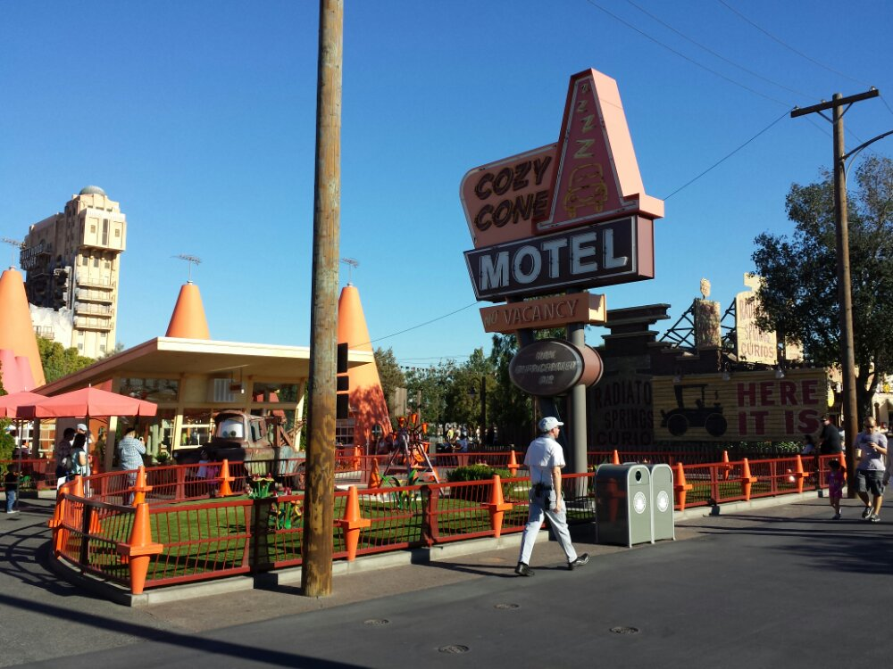 The Cozy Cone #CarsLand