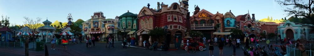 Toontown Christmas decorations are gone this week