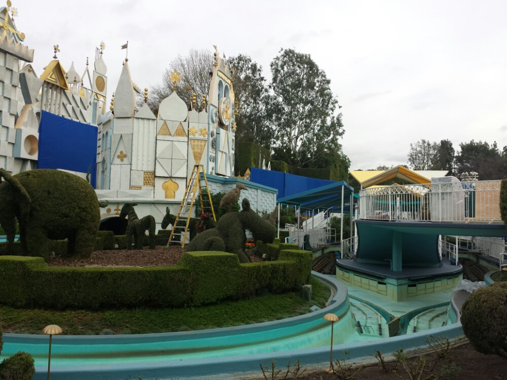 A side view of the Tomorrowland filming preparations at Small World
