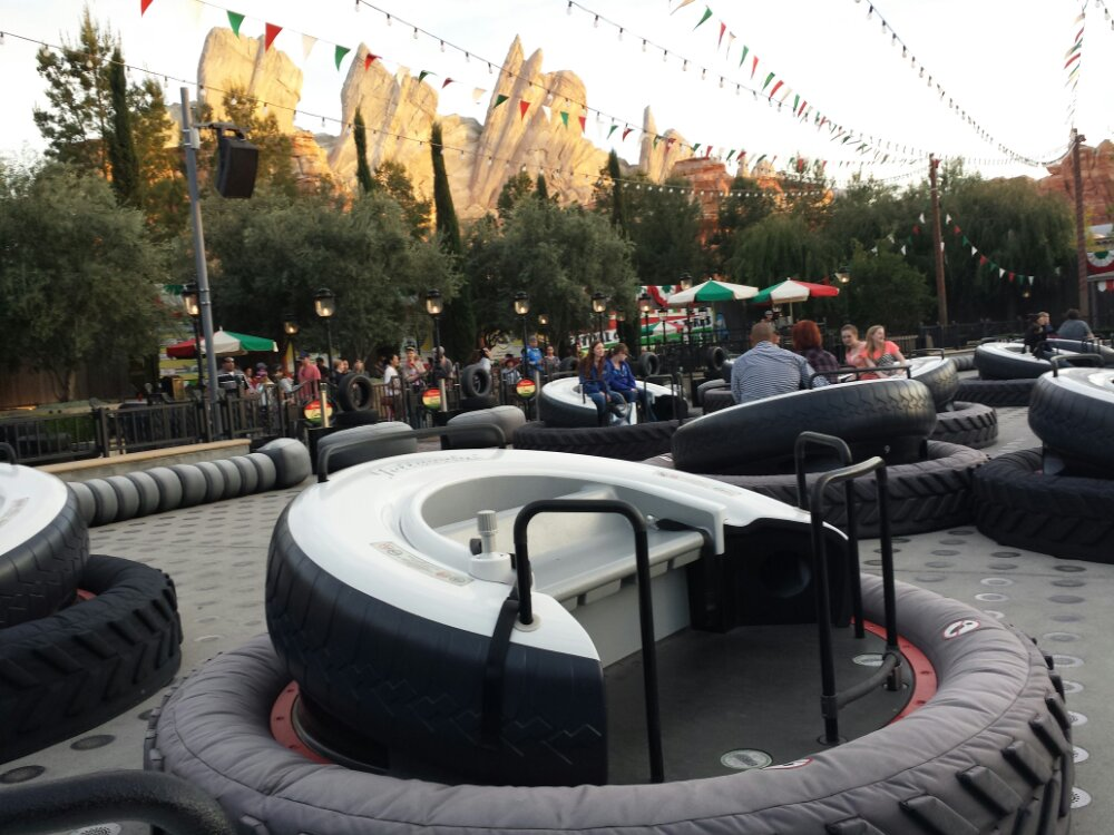 No wait and even a few empty tires so paid a visit to Luigis #CarsLand