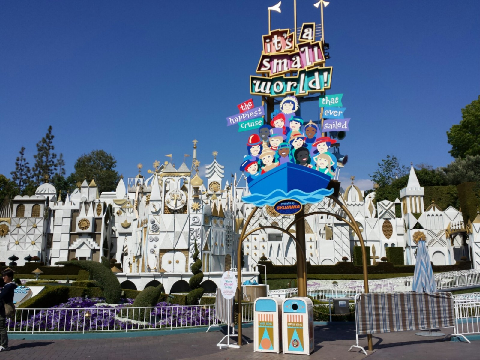 Its s Small World is also still closed