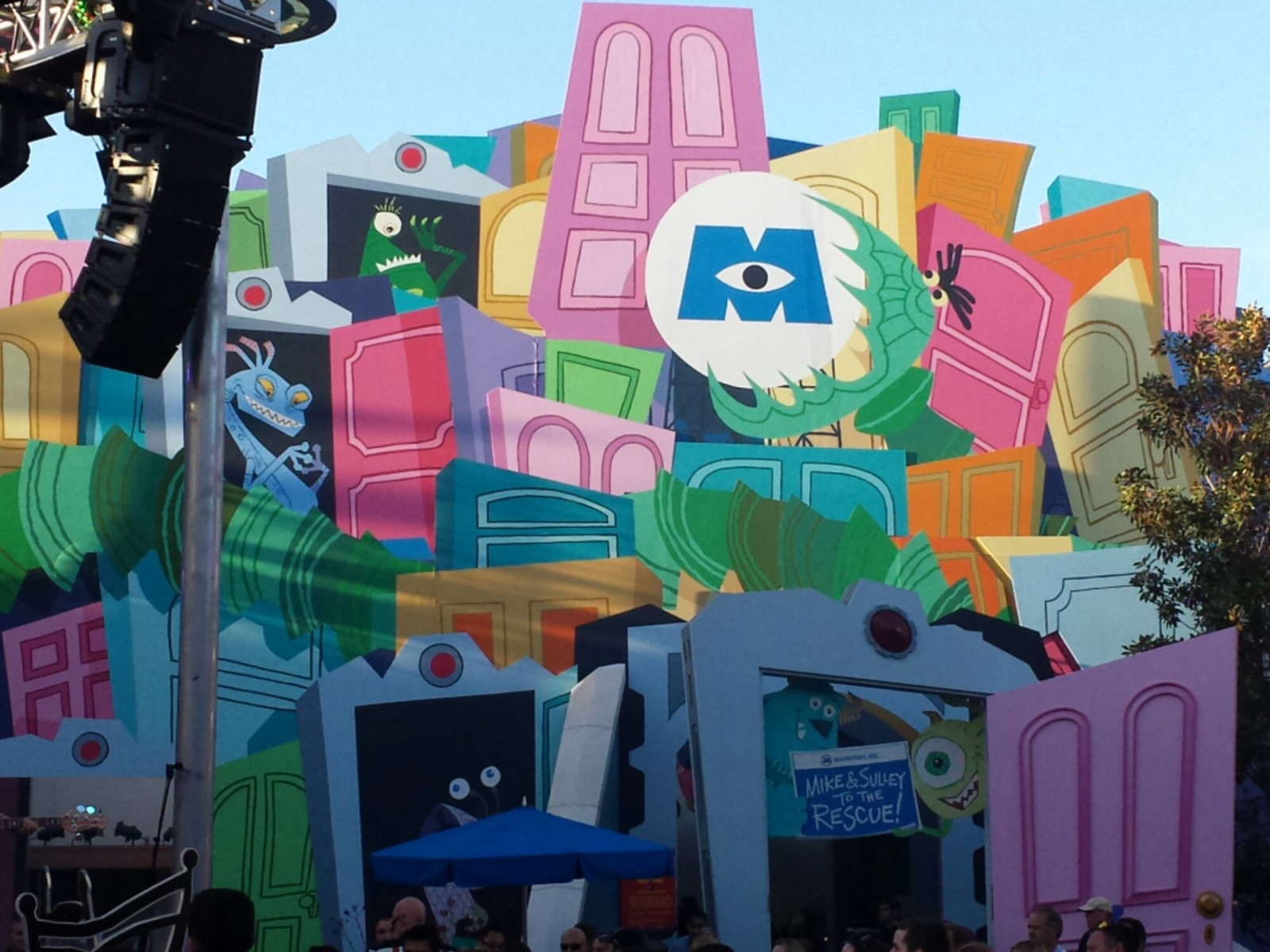 Monsters Inc has a posted 30 min wait #SpringBreak