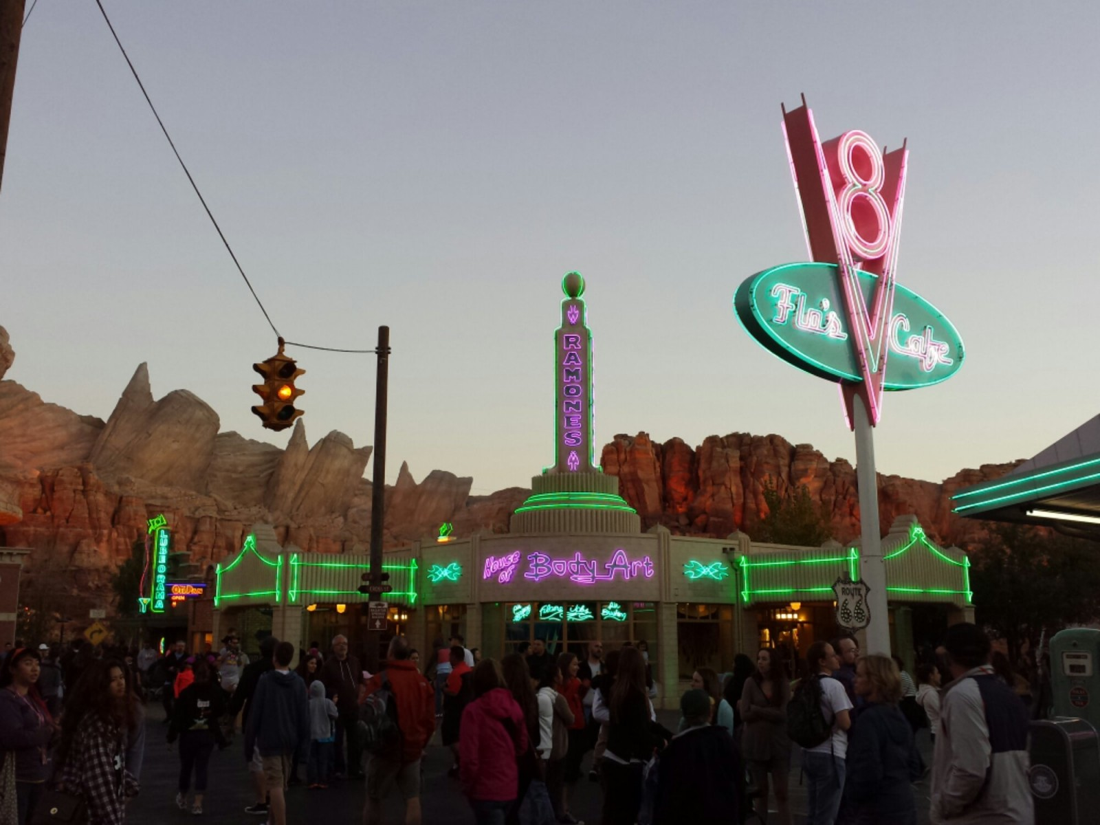 Time for the neon to be turned on for the evening #CarsLand