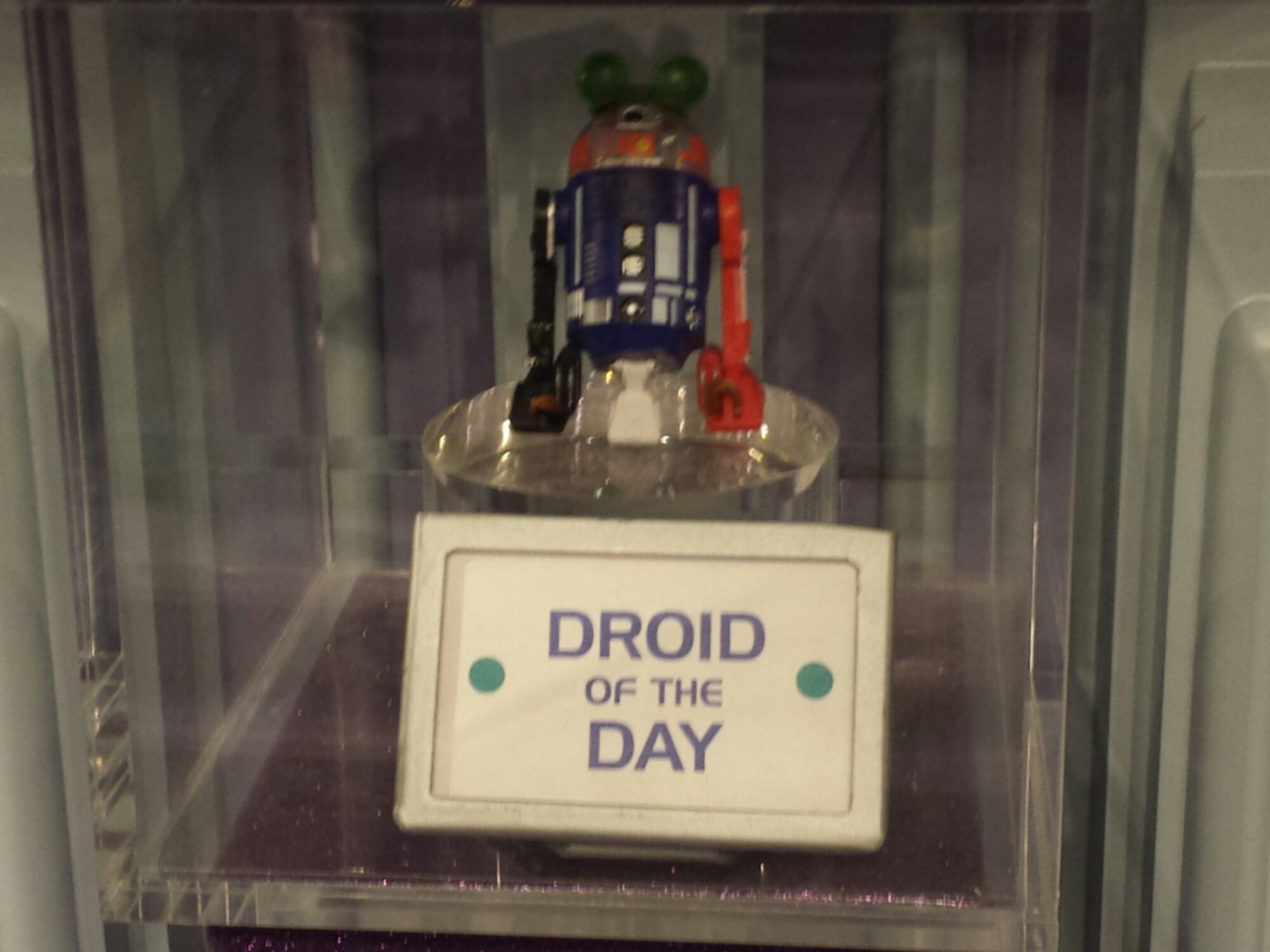 By request.. the DROID of the Day at Star Trader
