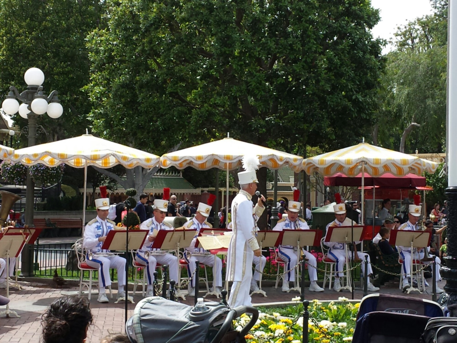 The #Disneyland Band was performing in Town Square when I arrived