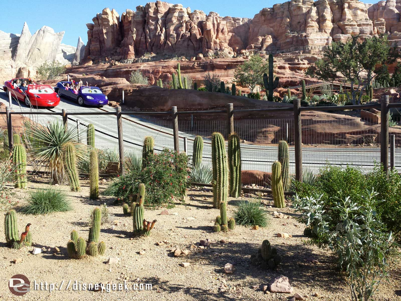 Ornament Valley #CarsLand Racers had a posted wait of 60min only