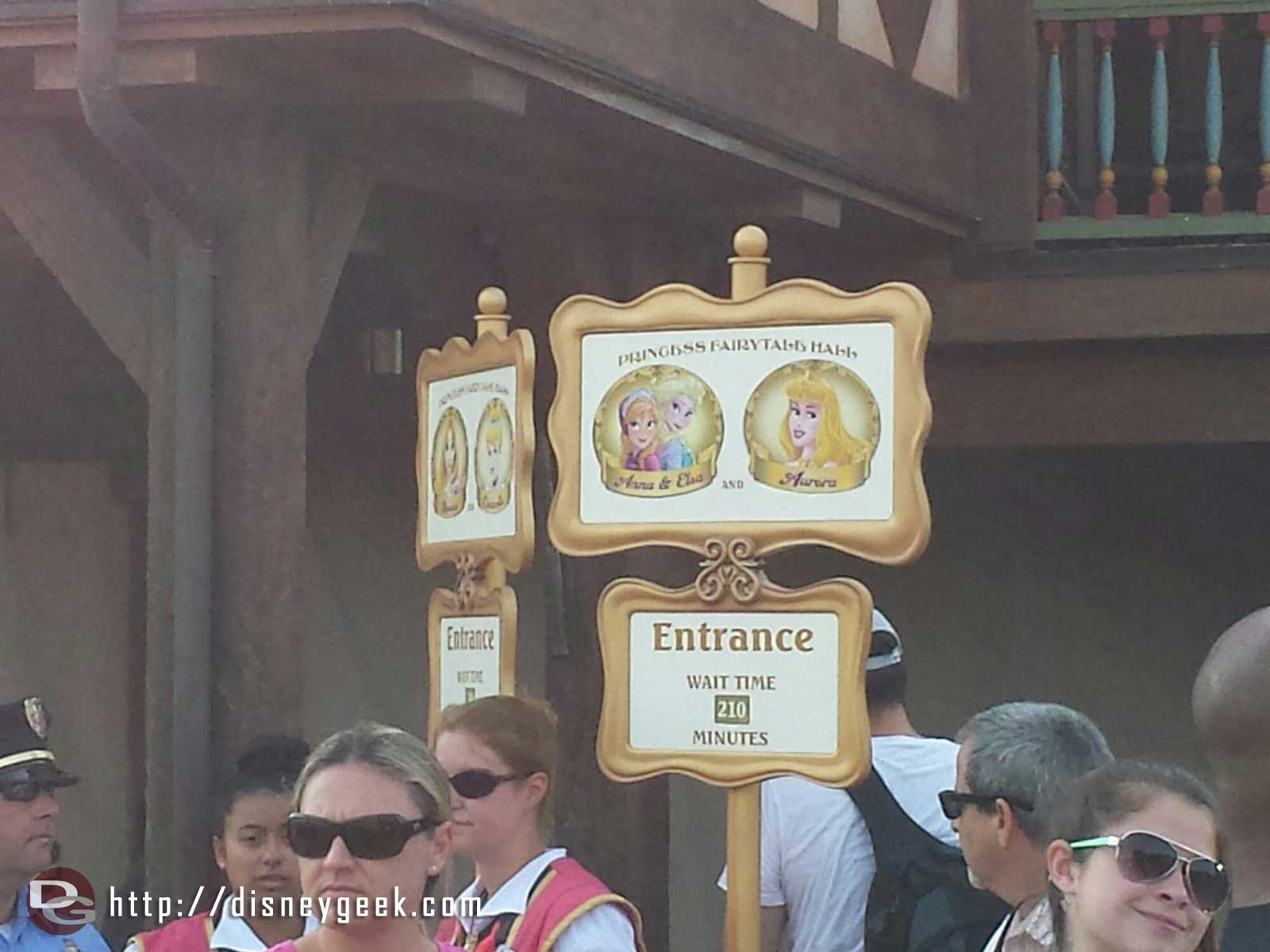 As of 9:08 the posted stand by for Anna & Elsa is 210 minutes