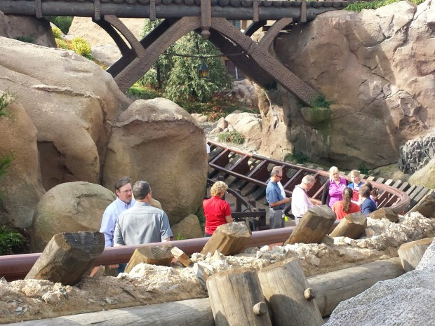 Looked to be a tour/inspection/punch list meeting going on with a large group of CMs, Imagineers and workers walking the track of the Seven Dwarfs Mine Train