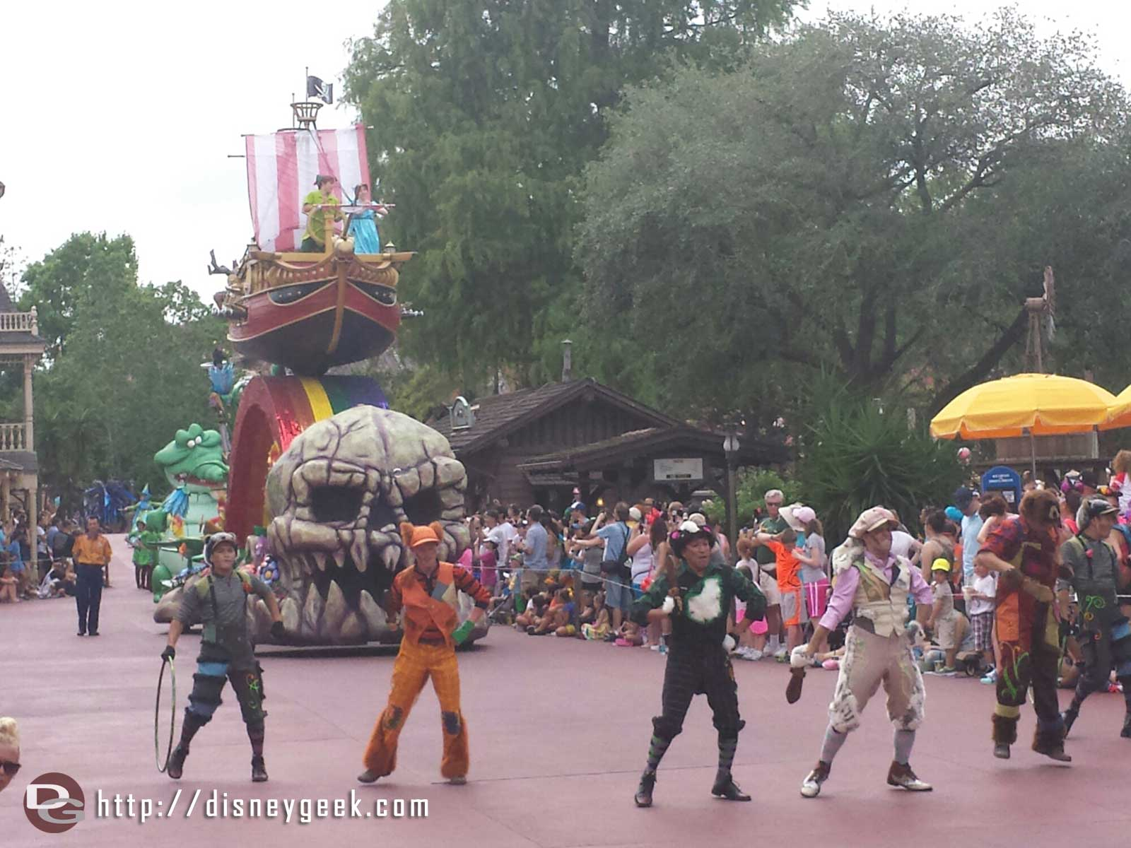 Peter Pan, Wendy, and the Lost Boys – Festival of Fantasy parade #WDW Magic Kingdom