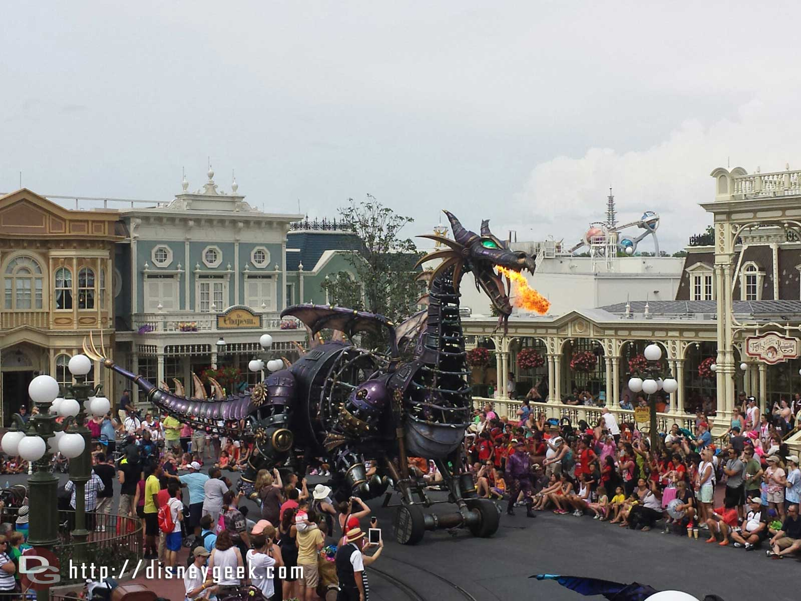 Maleficent breathing fire – Festival of Fantasy parade #WDW Magic Kingdom