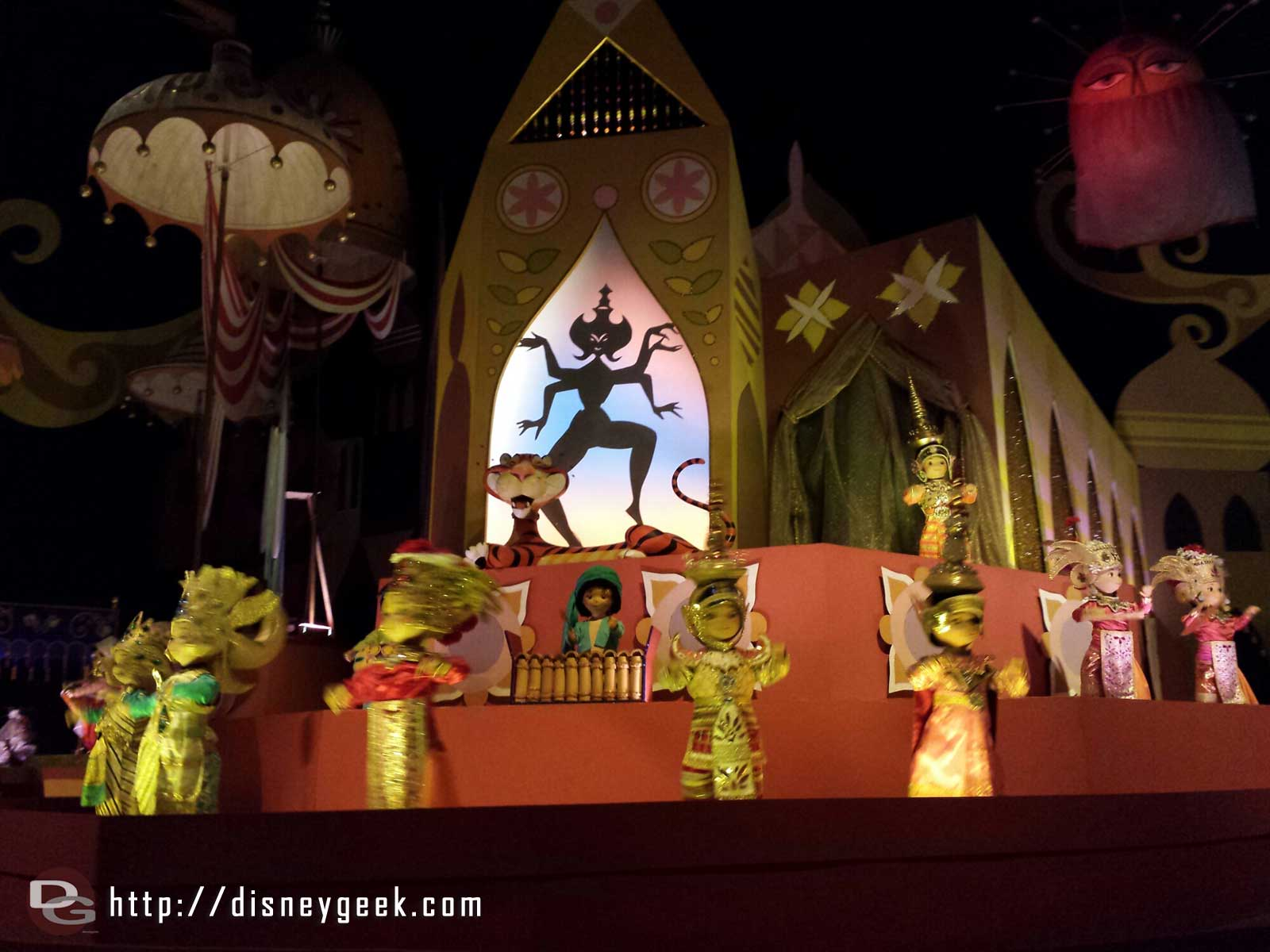 "Went for a cruise on ""it's a small world"" #WDW"