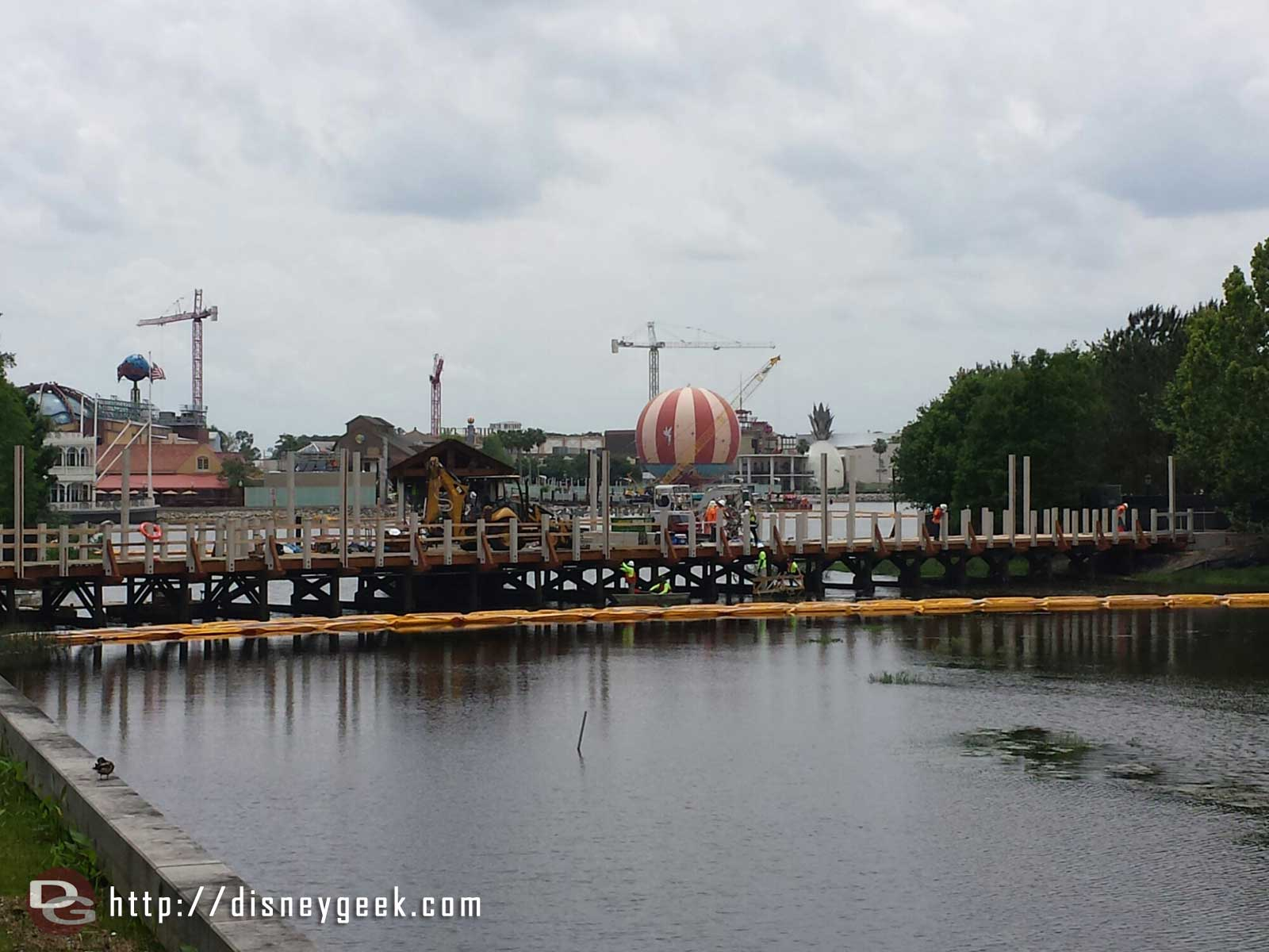 The new walkway/bridge from Saratoga Springs to Downtown Disney is taking shape