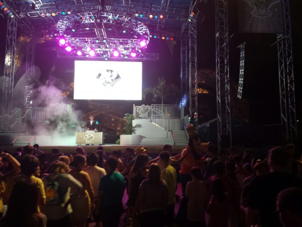 A DJ and Dance Party were on the Main Stage