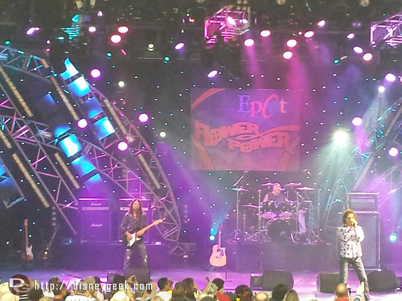 Starship Starring Mickey Thomas –  Epcot International Flower & Garden Festival