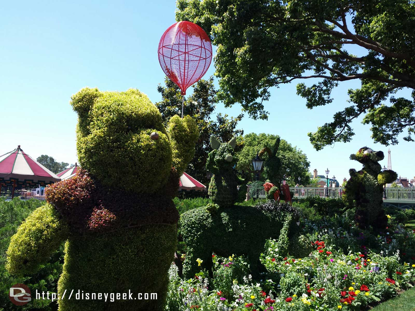 The Winnie the Pooh gang in the UK    –  Epcot International Flower & Garden Festival