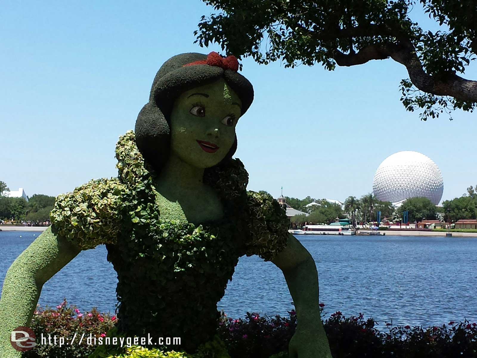 Snow White topiary near Germany    –  Epcot International Flower & Garden Festival