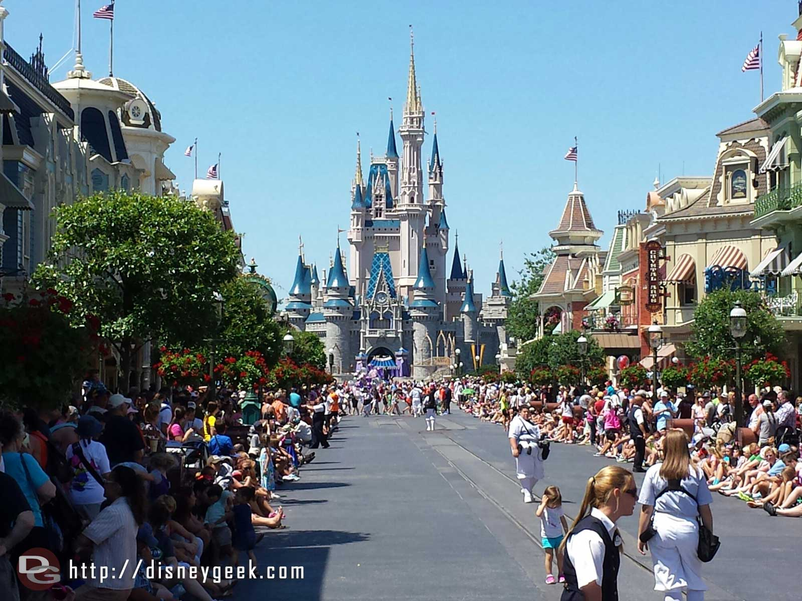 Main Street USA ready for Festival of Fantasy parade #WDW