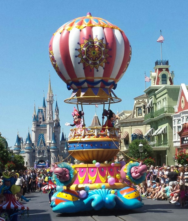 Mickey and Minnie close out the Festival of Fantasy Parade